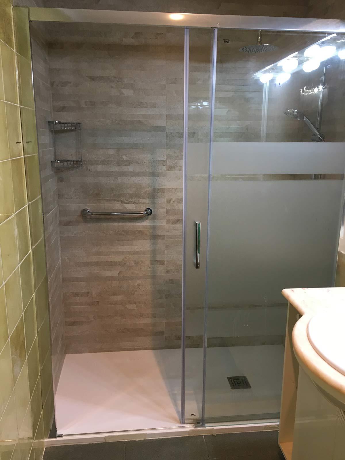 Topducha especialistas en cambio de ba era por ducha for Banera ninos para ducha